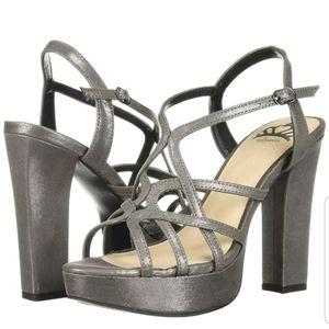 NWOT-Sz 8.5-Fergalicious Priscella Strap Sandal